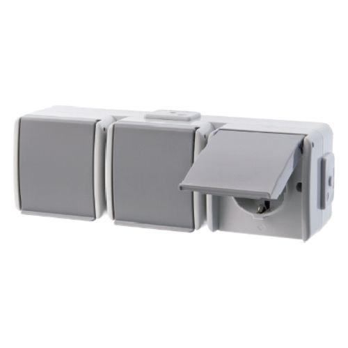 Berker - 477305 - 3fach-Steckdose mit Klappdeckel Aquatec